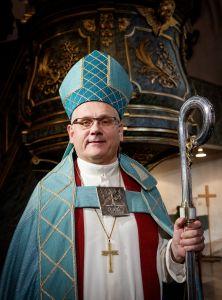 Biskopen med biskopsutstyrsel